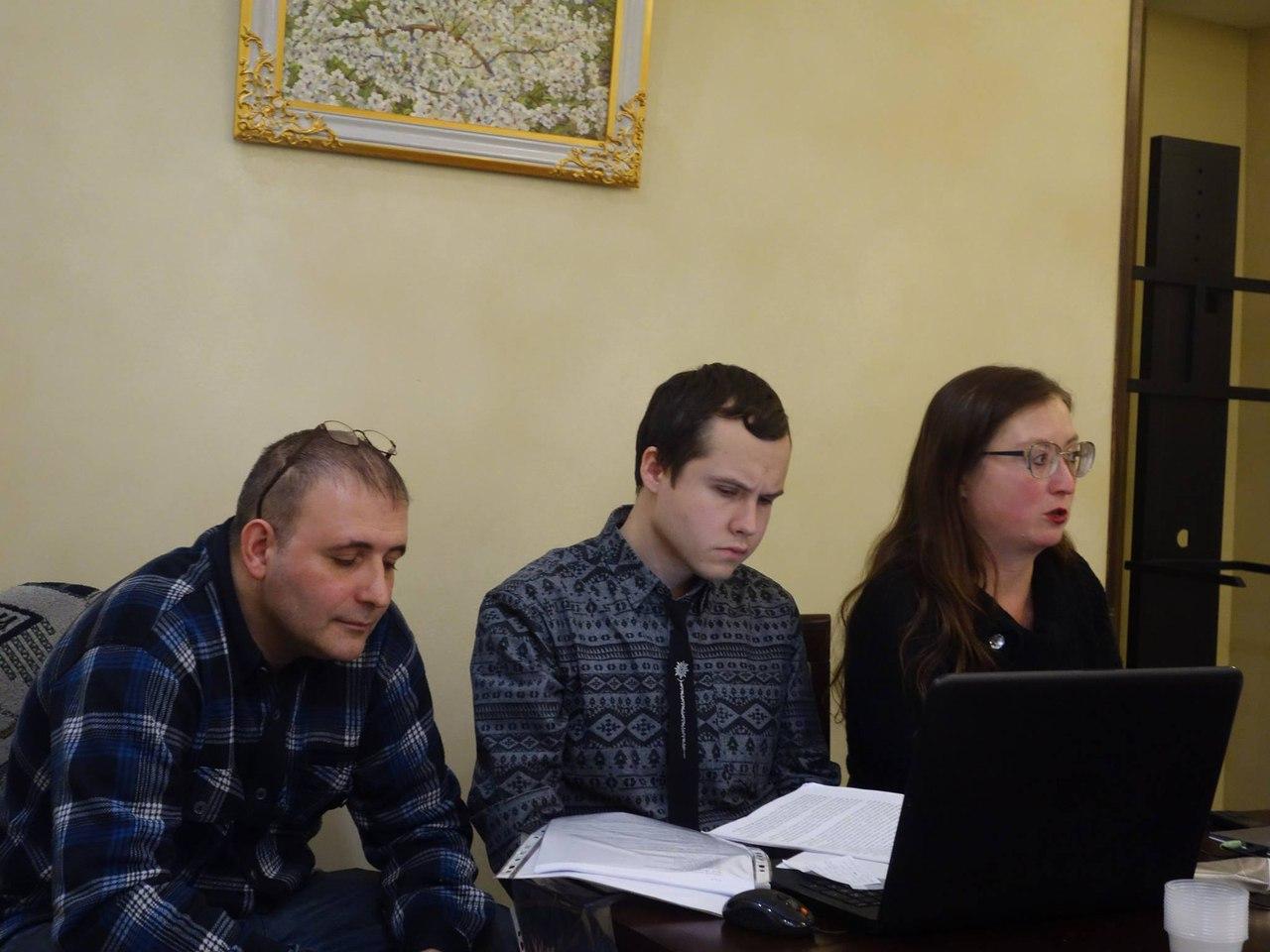 Николай Милешкин, Борис Кутенков, Елена Семенова. Фото: Валерия Исмиева.