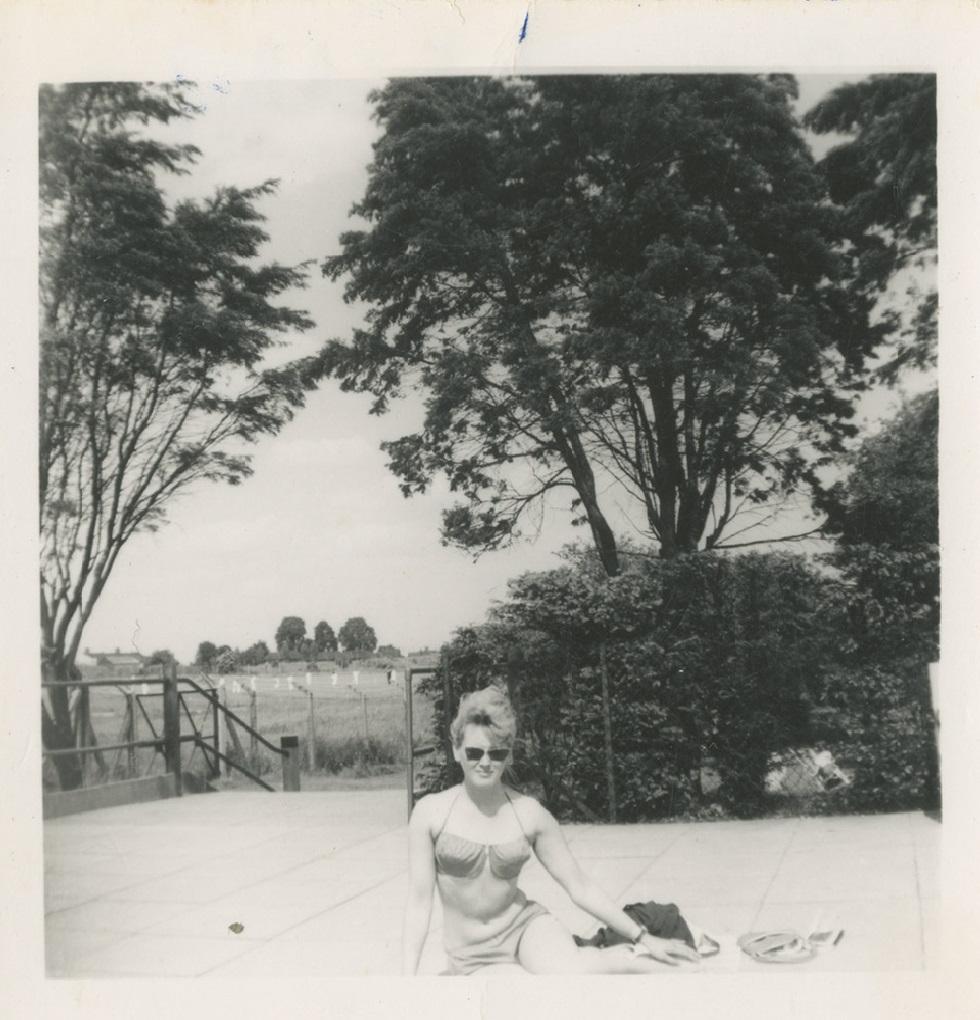 <i>Анни Эрно. Снимок 1960-х годов</i>