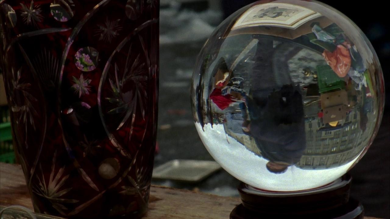 кадр из фильма «Музейные часы» Джема Коэна
