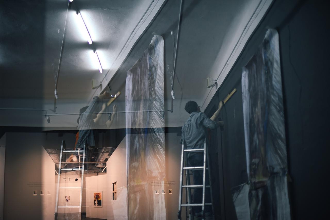 Монтаж спецпроекта V Уральской индустриальной биеннале«После нас»