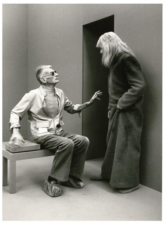 """Сэмюэль Беккет и Клаус Херм на съемках телепьесы «Трио """"Призрак""""», 1977 г."""