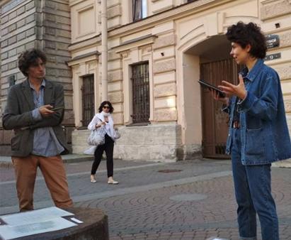 <b>Марина Симакова</b> на уличном лектории [Транслит]