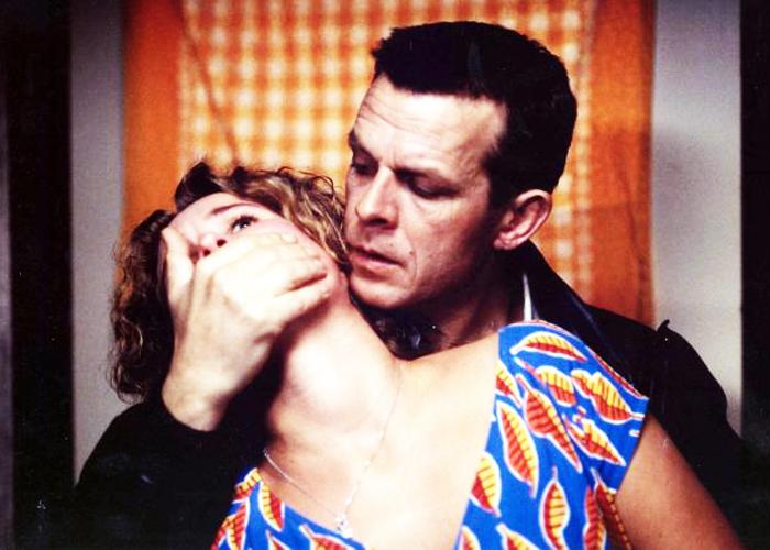 """Кадр из фильма """"Платье"""" (1996)"""
