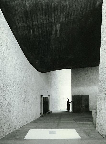 Ezra Stoller. Notre-Dame du Haut, Ronchamp, Le Corbusier.