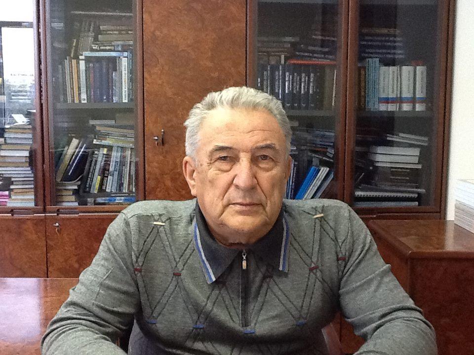 Виталий Бушуев