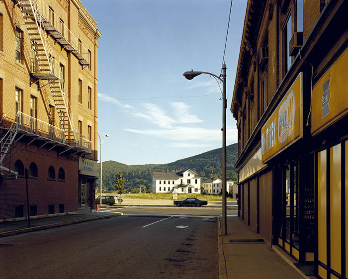 Holden Street, North Adams, Massachusetts, July 13, 1974, 1974 © Stephen Shore, courtesy 303 Gallery, New York