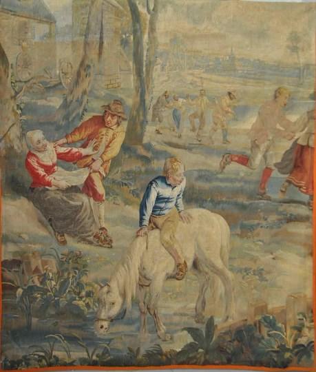 Шпалера «Танец вокруг майского дерева» (фрагмент) Фландрия, Брюссель, XVIII в.Шерсть, шелк; шпалерное ткачество 230×160 с