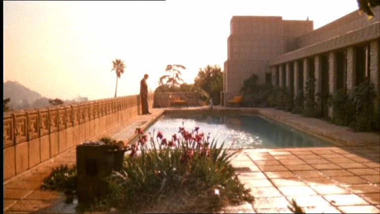 Не только бассейн, но и прекрасная панорама
