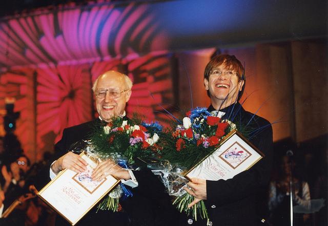 Российский композитор Мстислав Ростропович и Элтон Джон, 1995-й год.