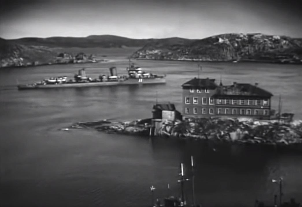 «Неистовый» прибывает в Екатерининскую гавань